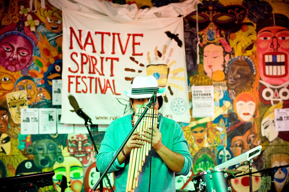 http://www.nativespiritfoundation.org/wp-content/uploads/2010/12/native.spirit.festival.2010_38.jpg